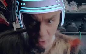 J-Ax, il video di Supercalifragili in testa ai brani più visti su YouTube