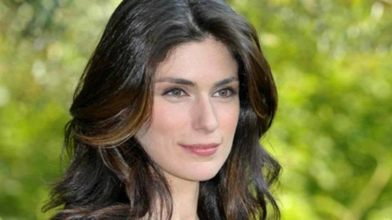 Anna Valle: chi è, età, fiction, vita privata, figli, marito, compagno, tutto su di lei
